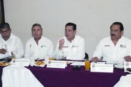 Ordena gobernador reforzar rescates