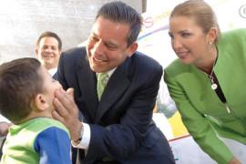 Ponen en marcha Adriana y Eugenio segunda Semana Nacional de Salud