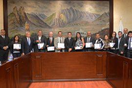 """Reconoce Santa Catarina labor de 10 ciudadanos distinguidos con Medalla al Mérito """"Capitán Lucas García"""""""