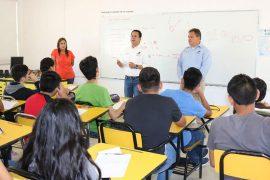 Arranca Santa Catarina curso de ingreso a preparatorias con becas para 600 alumnos en apoyo a la economía familiar