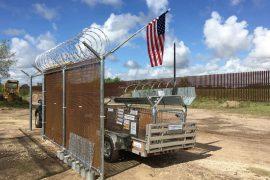 El muro fronterizo; a un tuit de distancia