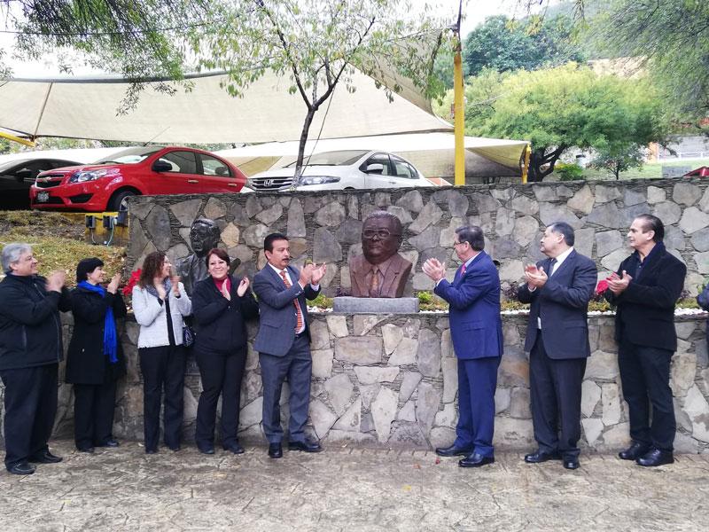 93dda53fecf4 40 años de la FCC - Hora Cero Nuevo León